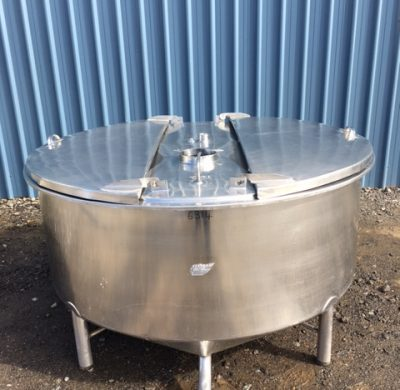 1100lt single skin stainless steel Tank Full View by Barry Brown & Sons in Victoria