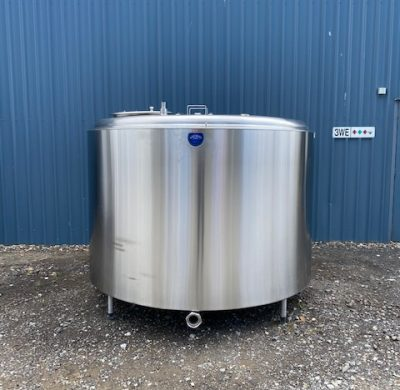 3,800lt Jacketed Stainless Steel Tank Full View - Barry Brown & Sons in Victoria