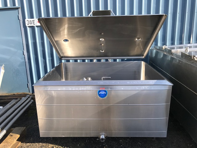 950 lt Jacketed Stainless Steel Tank Front by Barry Brown & Sons in Victoria