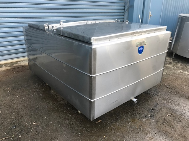 1540lt Jacketed Stainless Steel Tank by Barry Brown & Sons in Victoria