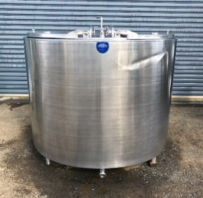 2,800lt Jacketed Stainless Steel Tank Front View by Barry Brown & Sons in Victoria